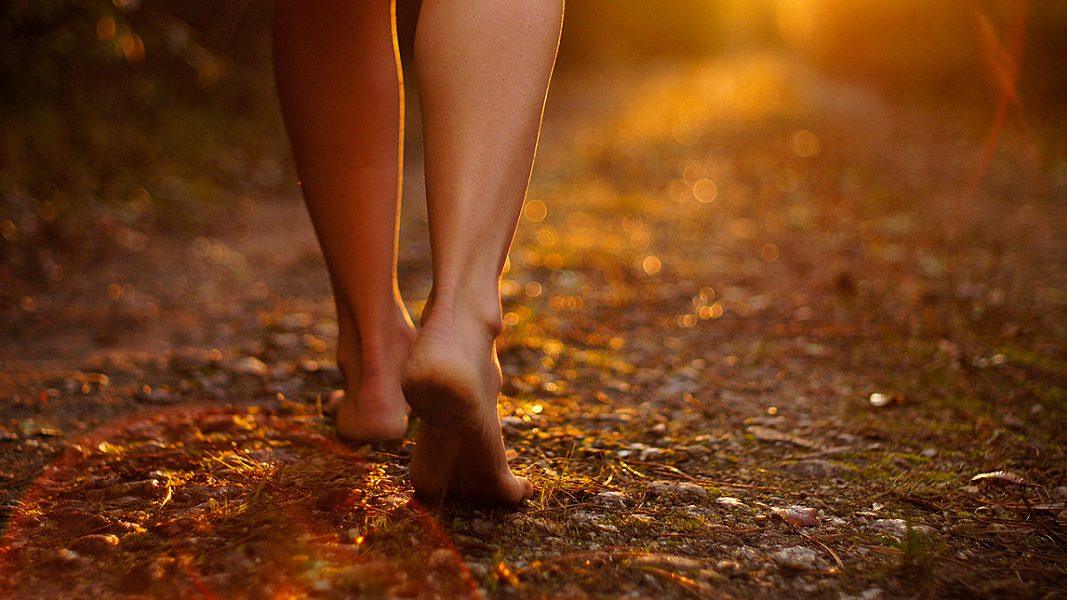 Blog voor mensen met migraine - Uit het donker treden: Omgaan met eenzaamheid bij migraine